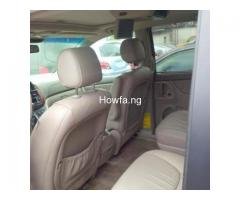 Red 2004 Toyota Sienna Xle - Best Price and Condition Available - Image 2