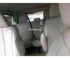 Clean Toyota Sienna for sale - Best Price Guaranteed - Call Now - Image 2