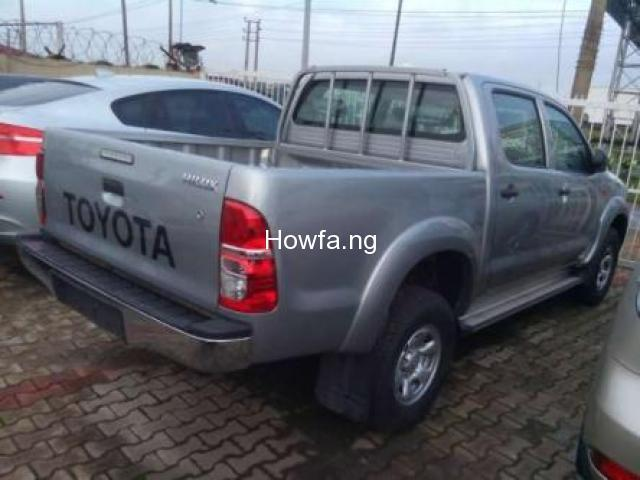 Toyota Hilux - Model  2010 - Superb Clean with reasonable Price - 4