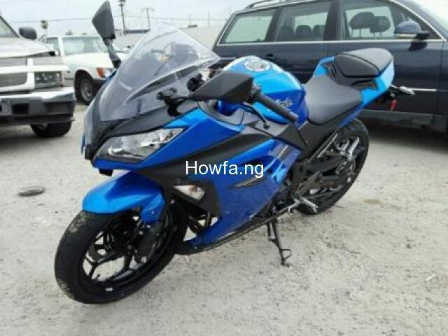 KAWASAKI EX300 B - Excellent Condition and Best Price - 1