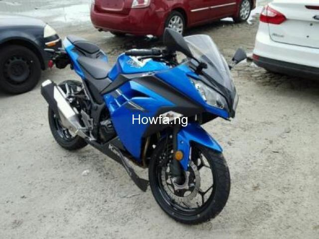 KAWASAKI EX300 B - Excellent Condition and Best Price - 2