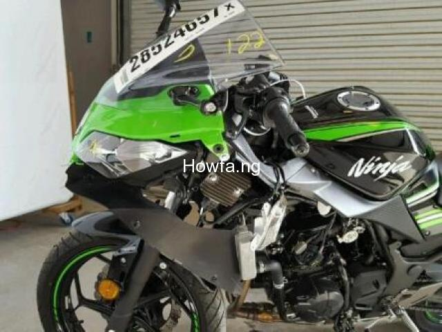 KAWASAKI EX300-B - Almost New Condition - Best Offer - 3