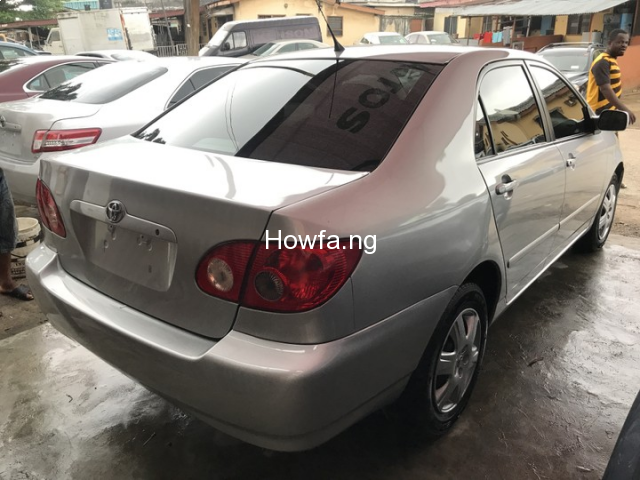 Foreign used Toyota corolla 2004 - 5