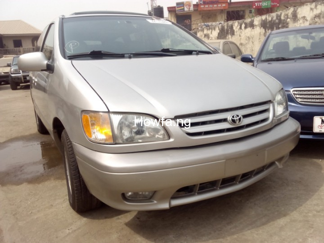 Foreign used Toyota Sienna 2003 for sale - 1
