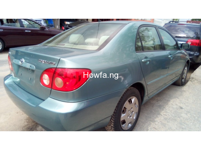 Foreign used Toyota corolla 2005 - 4