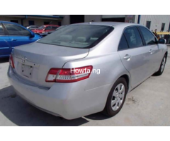 2010 Toyota Camry - Image 4