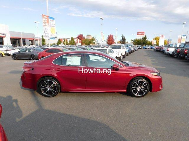 Toyota Camry 2018 for sale - 9