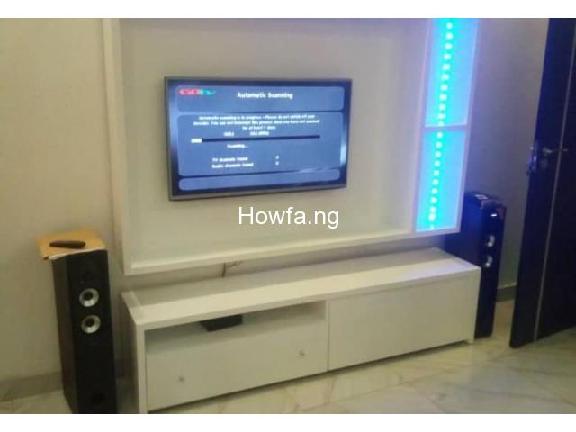 Lightening - Floating TV Console With Lightening - 1