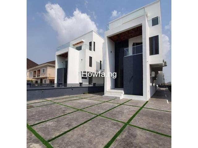 Hottest Deal in Lekki - 5bedrooms fully Automated Duplex - 2