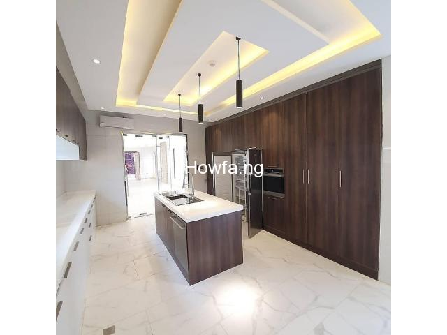 Hottest Deal in Lekki - 5bedrooms fully Automated Duplex - 3