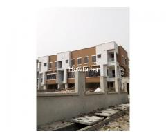 4 Bedroom Maisonette With An In-Built 1 Bedroom BQ apartment - Image 1