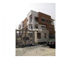 4 Bedroom Maisonette With An In-Built 1 Bedroom BQ apartment - Image 2