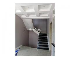 4 Bedroom Maisonette With An In-Built 1 Bedroom BQ apartment - Image 3
