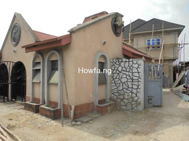 7 BEDROOM DETACHED HOUSE AT RANDLE AVENUE SURULERE - 1