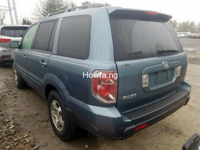 Well maintained first body spray with good interior - 2