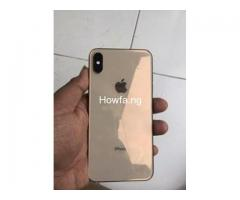 Boxed iPhone XS Gold 64G - Image 2